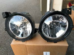 JEEP WRANGLER HEADLIGHT SET FOR ( 2018/ 2019/ 2020 ) for Sale in Bothell, WA