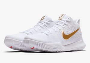 Nike Kyrie 3 for Sale in Pittsburgh, PA