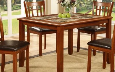 Brand New Dinning Table Set With 4 Chairs Included > Delivery Or Pickup Available for Sale in Mendon,  MA