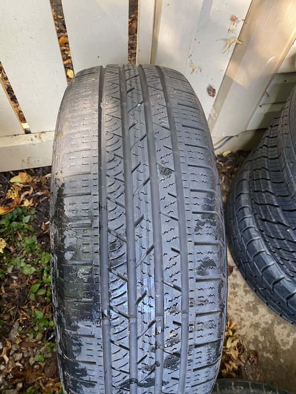 Used Tire 235/65R18 106T Continental cross
