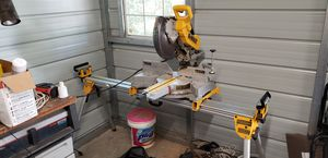 Dewalt 12 inch saw with stand for Sale in Floral City, FL