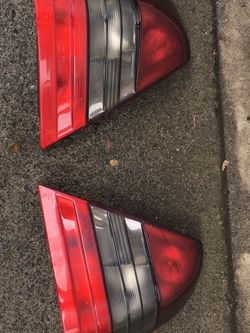Mercedes Benz W202 Tail Light Set for Sale in Happy Valley,  OR
