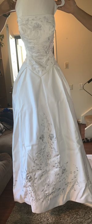 Wedding Dress size 12 for Sale in San Jose, CA
