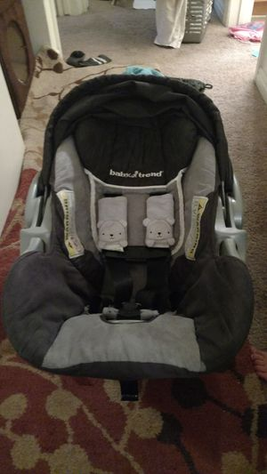 Baby trend infant car seat with base for Sale in West Jordan, UT