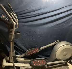 Pro-Form 14.0 CE Fitness Elliptical Trainer Space Saver for Sale in Valley Stream, NY