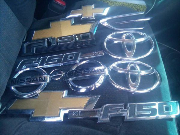 Sell auto body parts