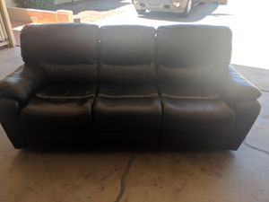 Black Leather Recliner Sofa - Nearly New for Sale in Phoenix, AZ