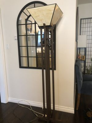 Tiffany style lamp for Sale in Los Angeles, CA