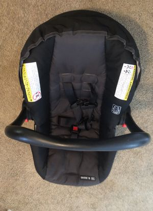 Baby car seat for Sale in Rossville, GA