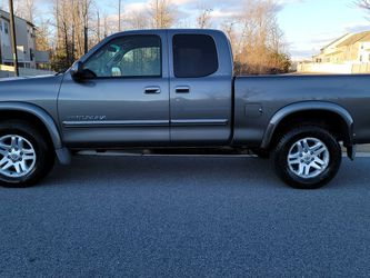 2003 Toyota Tundra Limited ** 110k Miles ** MOVING MUST SALE TODAY for Sale in Waldorf,  MD