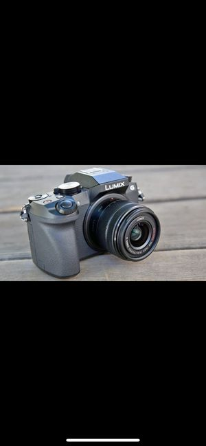 Lumix G7 comes with kit lens 1 battery and charger for Sale in Chino, CA