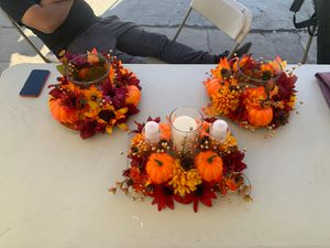 Thanksgiving/ fall centerpiece for Sale in Los Angeles, CA