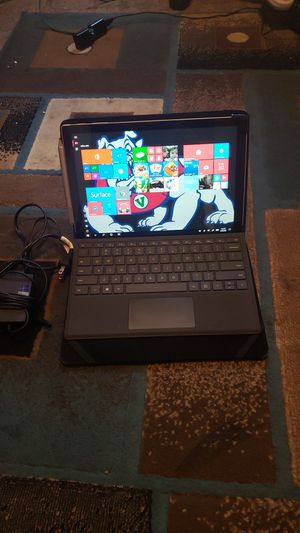 Surface pro 5th gen)256GB, i5, 8GB RAM TOUCH DISPLAY Microsoft computer+ surface pro keypad + Microsoft surface pen 1776 + surface pro case +charger for Sale in Fresno, CA