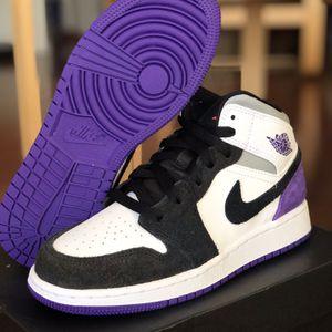 Jordan 1 Mid Purple for Sale in Schaumburg, IL