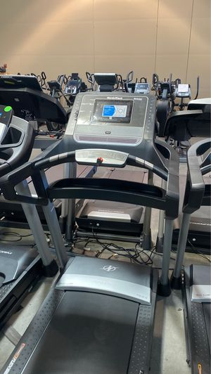Super sale! NordicTrack t8.5 Treadmill for Sale in Glendale, AZ