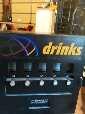 Seaga Tabletop Vending Machine for Sale in Brookeville, MD