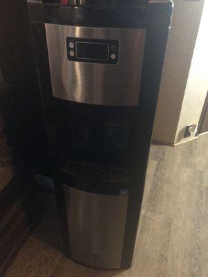 Glazer bay water dispenser for Sale in Midland, TX