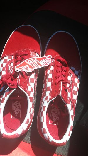 V Vans red and white checkered for Sale in Fairfield, CA