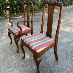 Dining Table and Chairs for Sale in Garner, NC