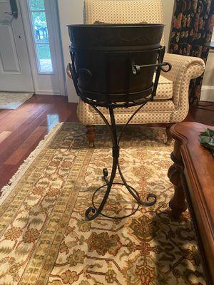 Decorative Bucket w/ Stand for Sale in Orlando, FL