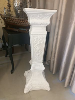 """White concrete 47"""" Tall Plant Stand for Sale in HALNDLE BCH, FL"""