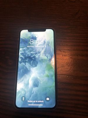 Selling iPhone X 64 gb for Sale in Gold River, CA
