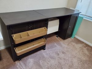 Sewing Craft Desk for Sale in Kingsburg, CA