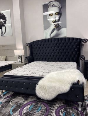New Black Velvet Bed Frame : Queen / King / Cal King : Mattress Set Sold Separately : No Box Spring Required for Sale in Oakland, CA