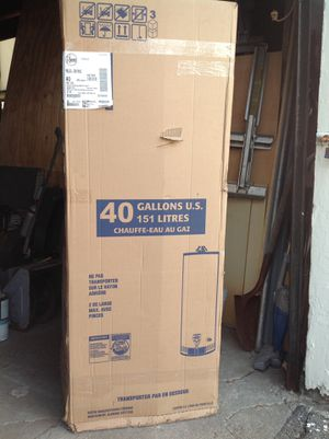 Rheem gas water heater gas, never used brand new in the box for Sale in Boston, MA