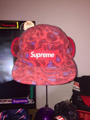 Supreme Winter Hat for Sale in Alexandria, VA