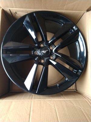 """19"""" Mustang Performance Pack rims wheels for Sale in Boca Raton, FL"""