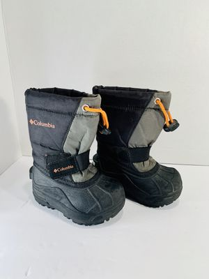 Toddler Columbia Snow Boots for Sale in Reno, NV