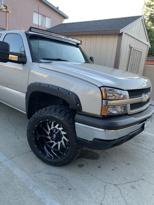 33x12.20 Monster rims and tires off road for Sale in Fontana, CA