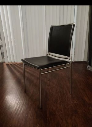 Sturdy modern chairs, chair for Sale in Austin, TX