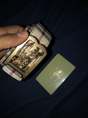 Real Burberry belt for Sale in Milwaukee, WI