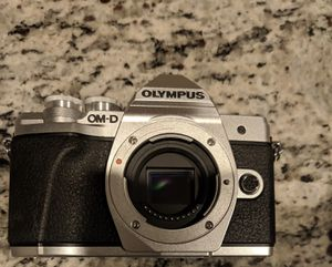 Olympus OM-D-EM10 M3 for Sale in Land O Lakes, FL