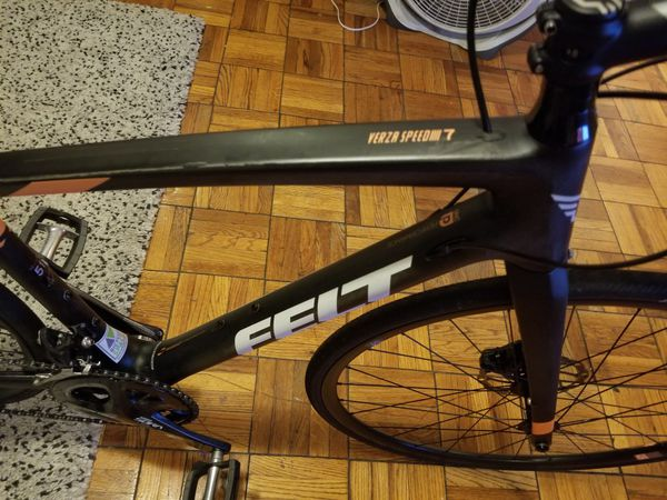 felt bike verza 7 carbon i sell bike good conditions