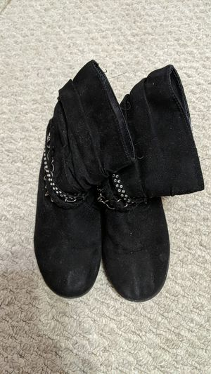 Girls size 11 black boots for Sale in Spring Hill, FL