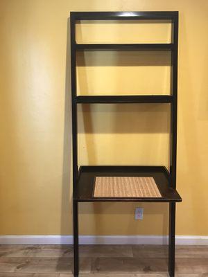 📕Crate and Barrel Ladder Desk / book shelf 🗂 for Sale in Long Beach, CA