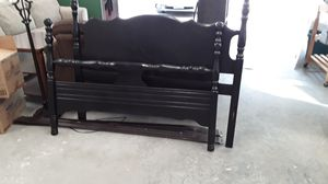 Full size bed frame for Sale in Stanwood, WA