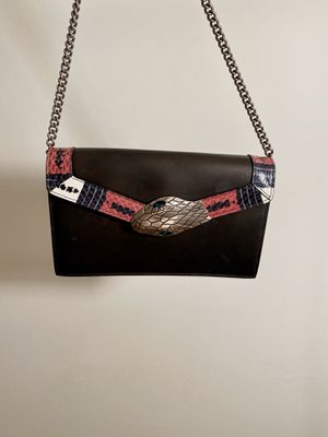 Gucci snake flap bag for Sale in Weehawken, NJ