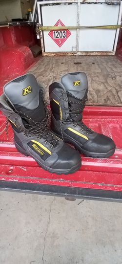 Klim Adrenaline Snowmobile Boots for Sale in Washougal,  WA