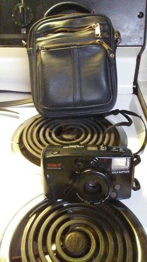 Olypus Camera w Carrying Case for Sale in Knoxville, TN