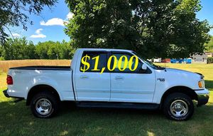 $1000 I'm selling URGENTLY 2OO2 Ford F-150 XLT Super Crew Cab 4-Door Pickup Everything is working great! Runs great and fun to drive!! for Sale in Arlington, VA
