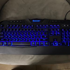 Best gaming keyboard i've ever used! for Sale in Fort Lauderdale, FL