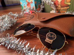 Brand new authentic Ray-Ban sunglasses for Sale in Redondo Beach, CA