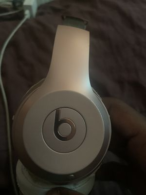 Beats By Dr Dre solo 3 for Sale in St. Louis, MO