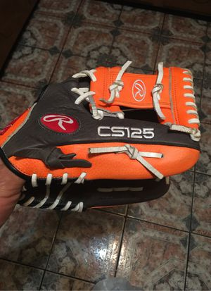 Baseball glove 11/1/2 for Sale in Chicago, IL