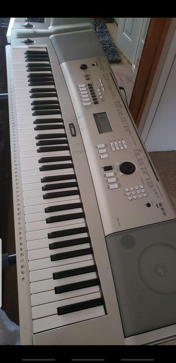 76 key Yamaha YPG-235 keyboard.