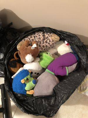 Assorted toys/stuffed animals for Sale in Wixom, MI